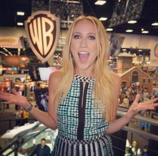 Anna Camp to Stir Up Trouble on How I Met Your Mother's Final Season