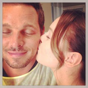 "Grey's Anatomy Season 10 Spoiler: Alex and Jo ""Exploring"" Their Relationship"