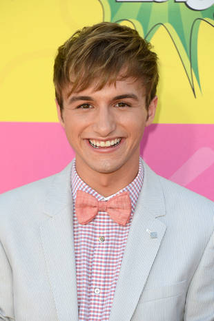 Nickelodeon Star Comes Out as Gay on Internet Video