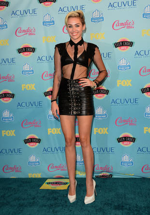 Miley Cyrus Crowned a Style Icon at 2013 Teen Choice Awards — Do You Agree?