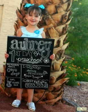 5 Fun Ways to Commemorate Your Kid's First Day at School