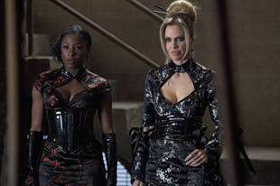 True Blood Season 7 Spoilers: Will Pam and Tara Be Together? Brian Buckner Says …