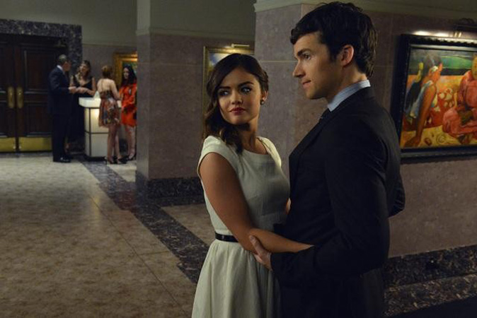 """Is Aria on the """"A"""" Team With Ezra? Pretty Little Liars' Marlene King Says…"""