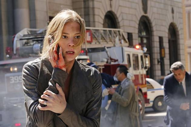 Revenge Season 3 Spoiler: Emily Thorne Lies in a Pool of Blood in Opening Scene