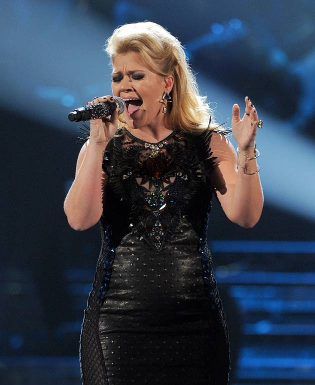 If Kelly Clarkson Could Have Sex With One Celebrity, It Would Be…