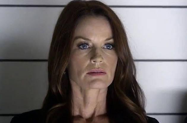 Pretty Little Liars Finale Spoiler Clip: Does Travis Turn Hanna's Mom In?
