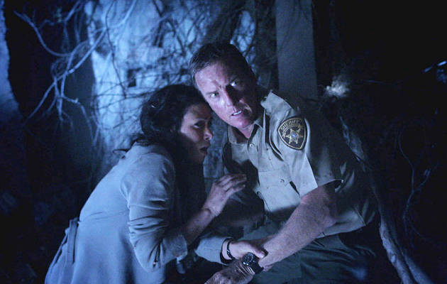 Teen Wolf Spoilers: Are Scott and Stiles' Parents Hooking Up?