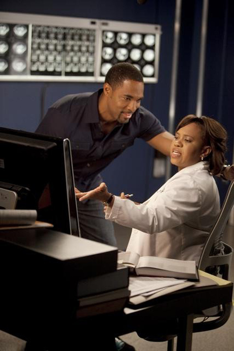 Grey's Anatomy Season 9 Deleted Scene: Bailey and Ben's Dirty Phone Calls (VIDEO)