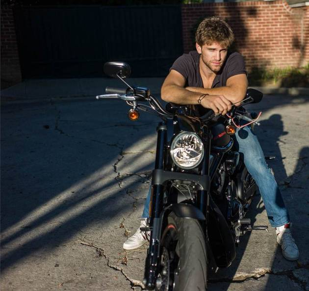 "Keegan Allen Looks Sexy on a Motorcycle, Reacts to the Huge ""A"" Reveal"