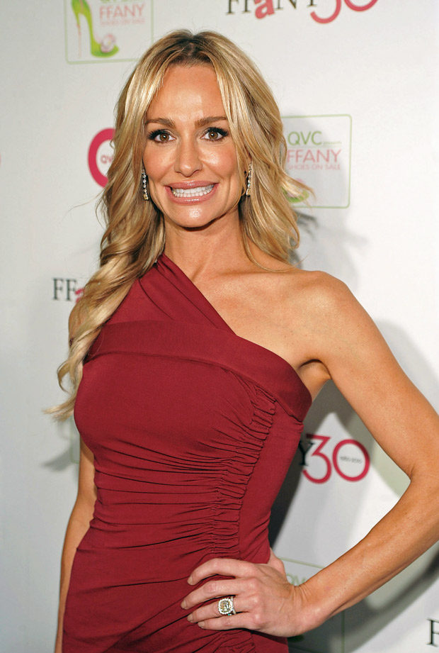 Taylor Armstrong's HUGE 121-Diamond Engagement Ring — See It Here!