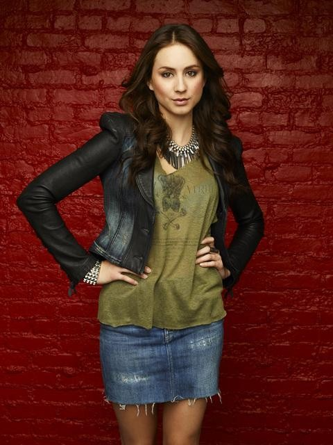 Troian Bellisario Teen Choice Award: Why She Won — In GIFS!