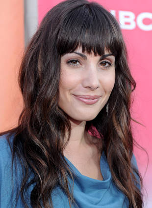 "The Tomorrow People Casting: Popular's Carly Pope Is a ""Pawn in Shadow War"""