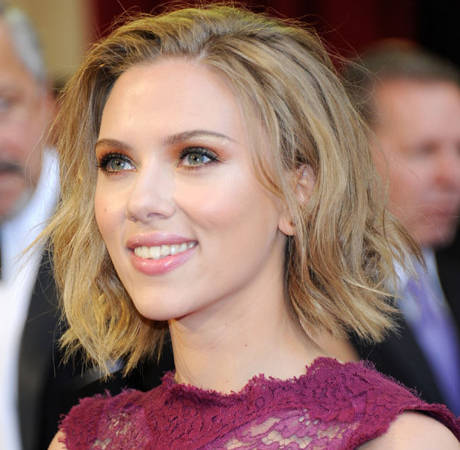 Scarlett Johansson Engaged to Boyfriend Romain Dauriac (UPDATE)