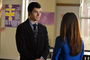 "Pretty Little Liars Speculation: Who Knows Ezra Is ""A""?"