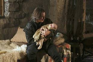 """Once Upon a Time Season 3 Spoilers: Rumplestiltskin's Daddy Issues and """"Nasty Habits"""""""