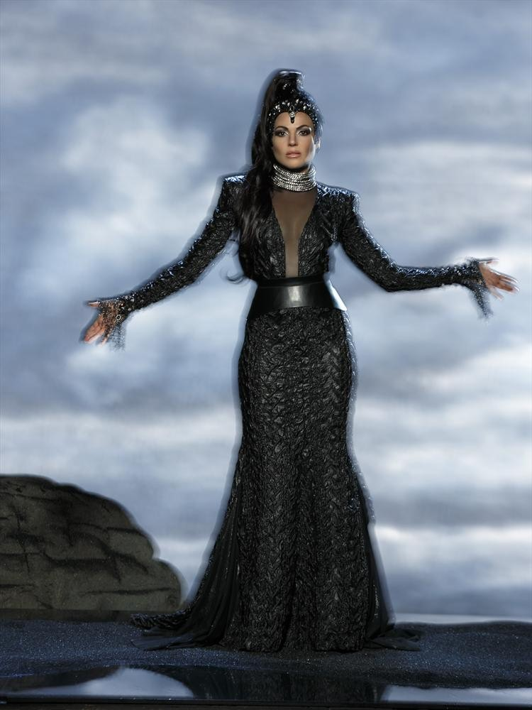Once Upon a Time Season 3 Spoilers: Lana Parrilla Talks Plot Twists and Love Interest