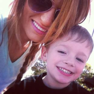 Maci Bookout Helps Bentley With His Homework — Best Mom Ever! (VIDEO)