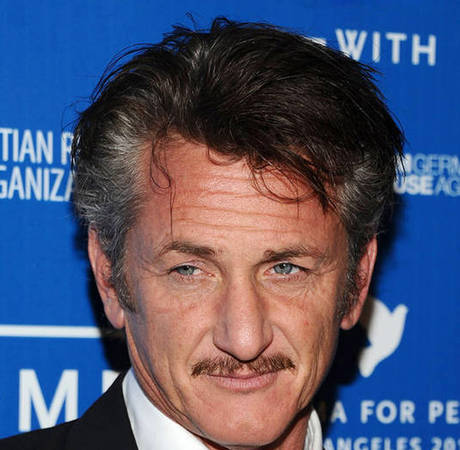 Sean Penn Warns Rob Pattinson: Don't Hurt My Daughter Dylan! — Report