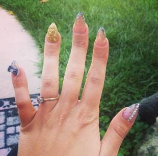 Catelynn Lowell Gets Crazy 3D Stiletto Manicure — Love It or Leave It? (PHOTO)
