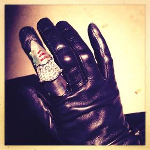 Once Upon a Time Season 3 Spoilers: Regina Has Blood on Her Hands! Whose Is It? (PHOTO)