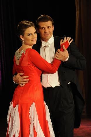 Bones Season 9 Spoilers: When Will Booth and Brennan Get Married? — UPDATE