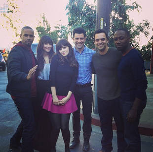 New Girl Season 3: Damon Wayans Jr. Is Back on Set as Coach! (PHOTO)