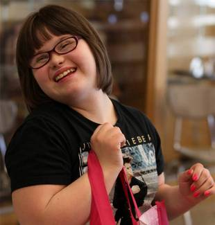 Teenage Girl With Down Syndrome Lands Modeling Gig For Wet Seal