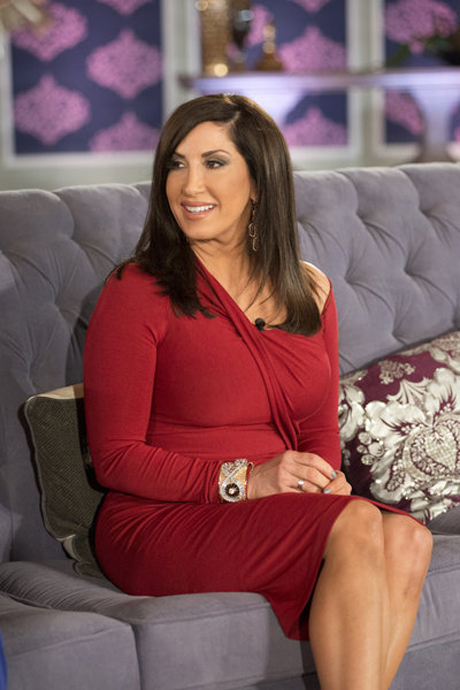 "Jacqueline Laurita vs. Johnny the Greek: ""She Went at His Neck With One of Her Stilettos"" Source Says — Exclusive"