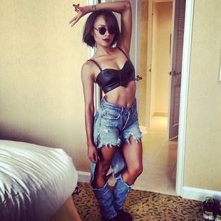 Vampire Diaries' Kat Graham Shows Off Toned Body in Barely-There Leather Outfit (PHOTO)