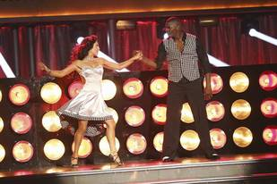 Dancing With the Stars 2013: Keyshawn Johnson and Sharna Burgess's Week 2 Samba (VIDEO)