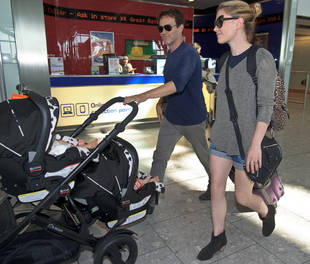 Anna Paquin and Stephen Moyer Spotted With Twin Babies — See Their Little Feet! (PHOTOS)