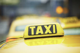 U.K. Woman Gives Birth in Taxi, Husband Handed the Cleaning Bill