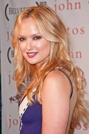 Gossip Girl's Kaylee DeFer Gives Birth to Baby Boy Named…