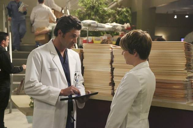 Grey's Anatomy Season 10 Spoilers: One Doc Suffers a Severe Head Injury