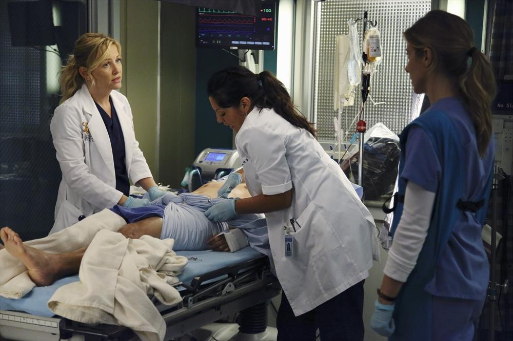 Grey's Anatomy Season 10 Spoilers: Sara Ramirez and Jessica Capshaw on Calzona's Future