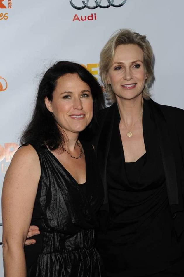 Glee's Jane Lynch Mid-Divorce: I Still Believe in Gay Marriage