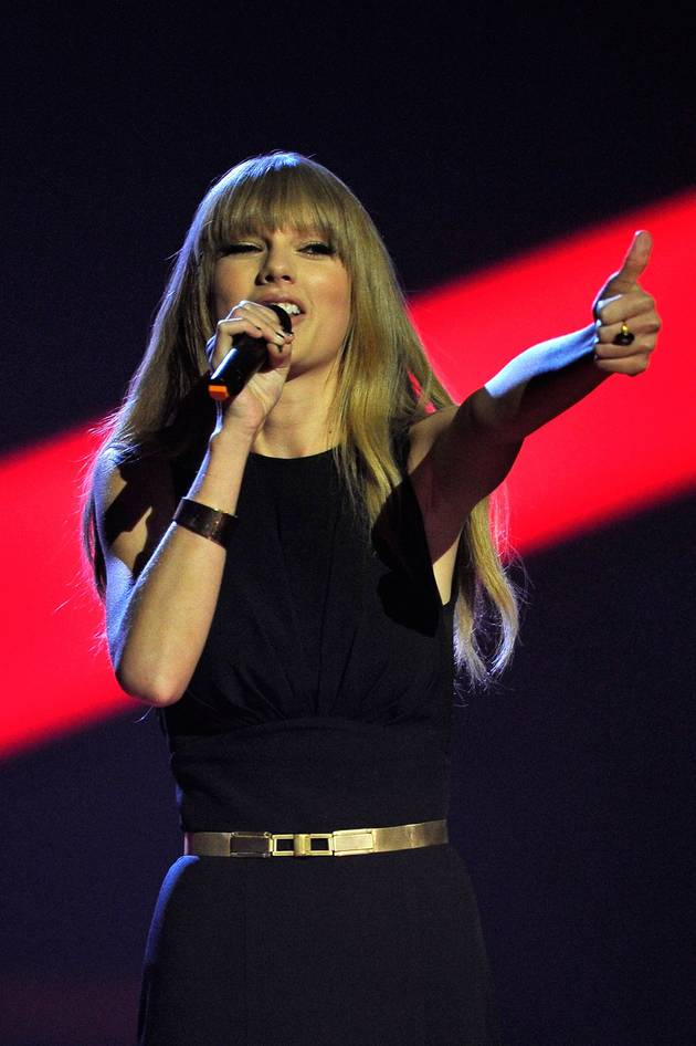 Are Taylor Swift and Brenton Thwaites Dating? New Couple Alert (UPDATE)