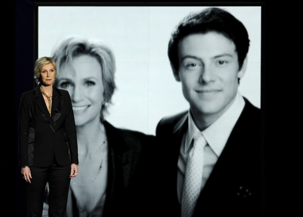 Emmys 2013: Watch the Cory Monteith Tribute — Given By Jane Lynch (VIDEO)