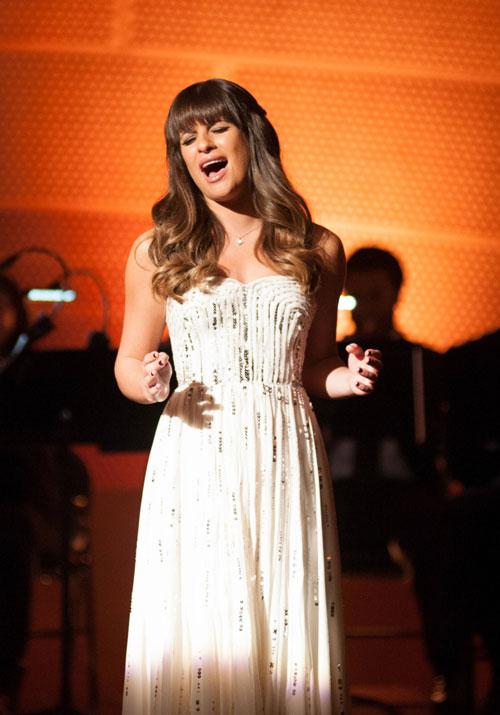 Glee Season 5 Spoiler: Twilight Star to Share Scenes With Rachel!