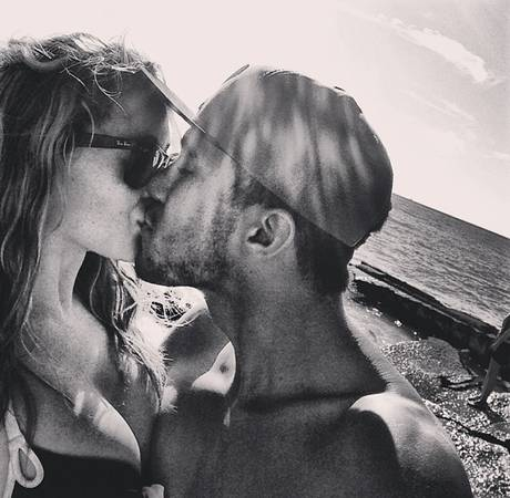 Alexa Vega Engaged to Carlos Pena — See the Spy Kids Actress' Ring!