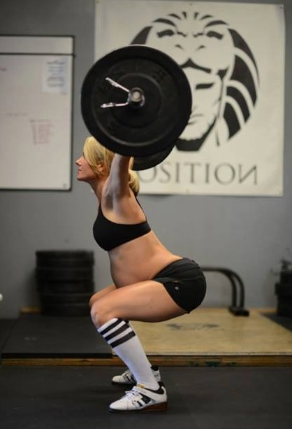 Heavily Pregnant Woman Slammed for Crossfit Weightlifting Photo
