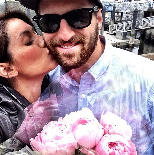 Jillian Harris and Justin Pasutto Show Off Their Naked Butts! (PHOTO)
