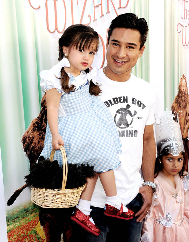 Mario Lopez's Daughter Gia Dresses Up as Dorothy For 'Wizard of Oz' Premiere