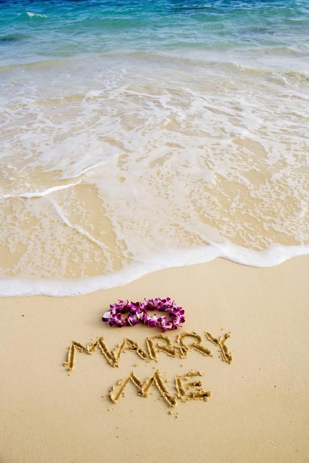 Best Viral Wedding Proposals of All Time (VIDEOS)