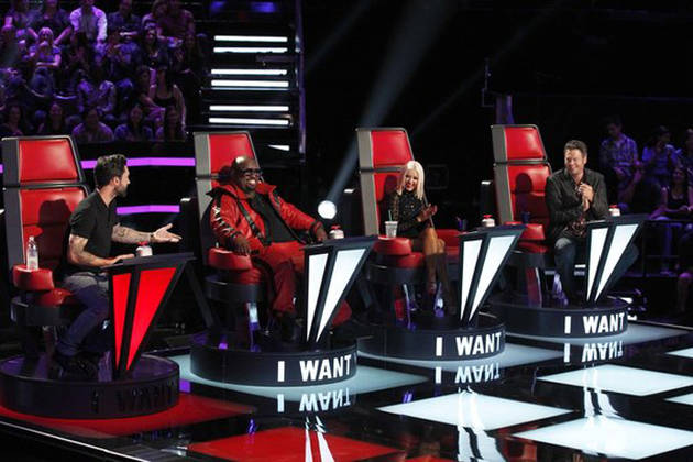 "Christina Aguilera Shuts Down The Voice Coaches: ""It's a Woman's Turn to Win!"""