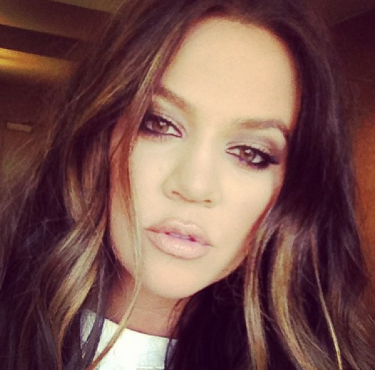 Khloe Kardashian Reveals an Unhappy Anniversary Message (PHOTO)
