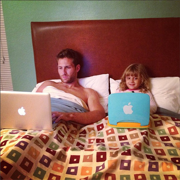 Bachelor Juan Pablo Galavis's Twitter Hacked During Filming!