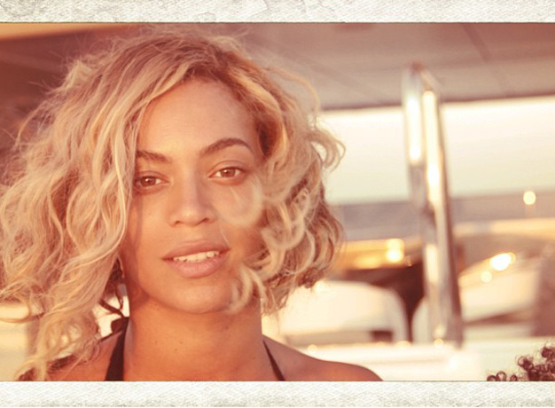 Beyonce Goes Makeup-Free, Continues to Look Flawless (PHOTO)