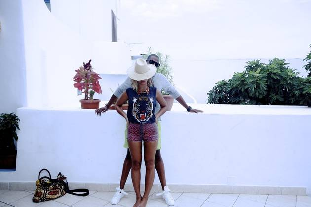 Beyonce Shares Romantic Pictures From Yacht Vacation With Jay Z and Blue Ivy (PHOTOS)
