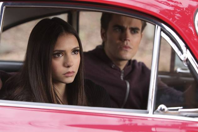 The Vampire Diaries Season 5: Doppelganger Tips Paul Wesley Can Learn From Nina Dobrev